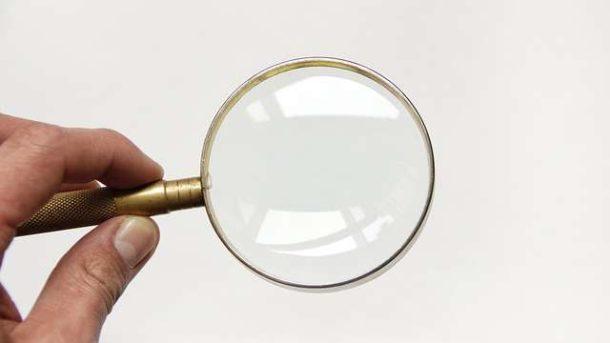Как узнать, если ли клопы и обнаружить их